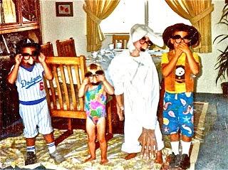 Lynn Kelley, Friday Funnies, Funny Family