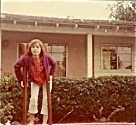 Lynnie on stilts