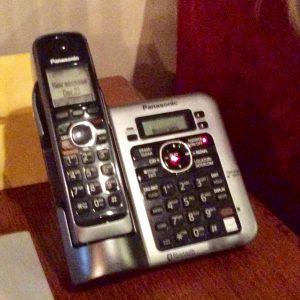 Lynn Kelley, rotary phones, land lines