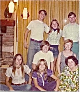 Lynn Kelley, family